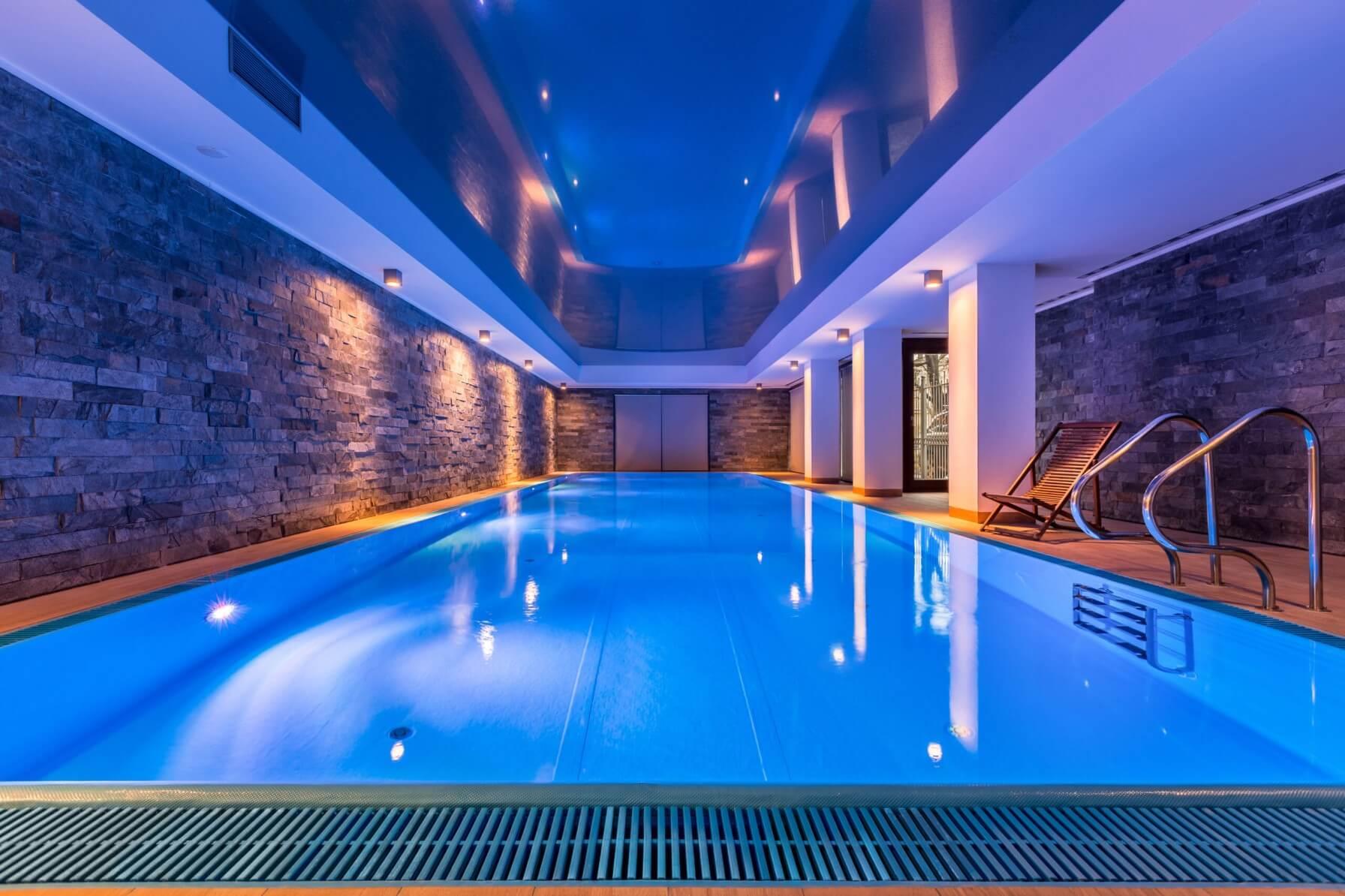 Binnen-zwembad-folie-diepwater