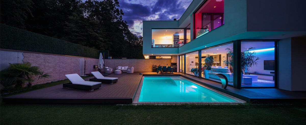 high-end-zwembad-diepwater